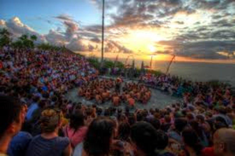 Half Day Uluwatu Tour in Bali