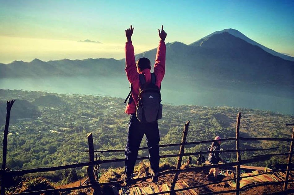 Mount Batur Sunrise Trekking with Breakfast Atop Group Tour