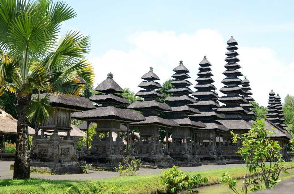 Private Half Day Tour of the Three Temples