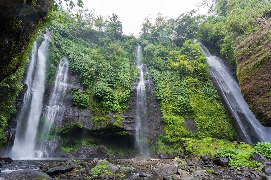 Private Hiking Tour at the Stunning Sekumpul Waterfall, Bali