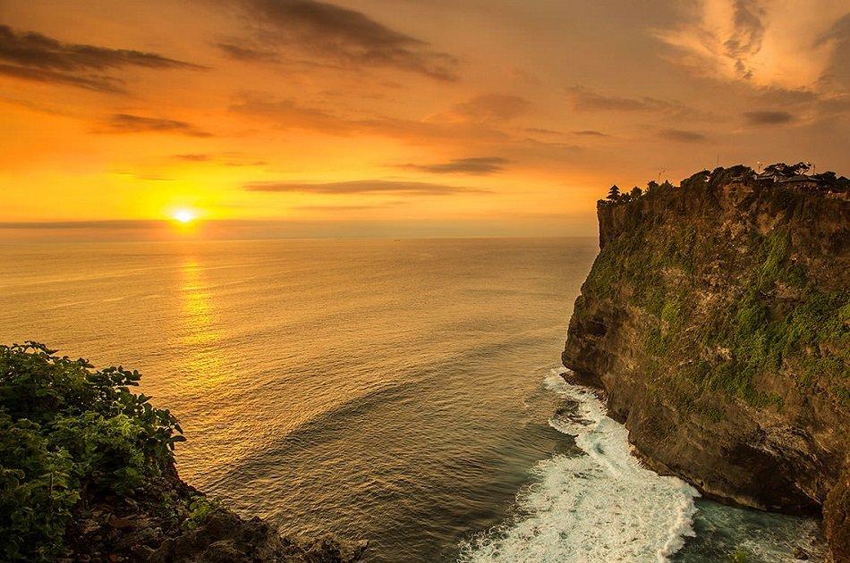 Private Tour Uluwatu Sunset and Kecak Dance Tour - Bali