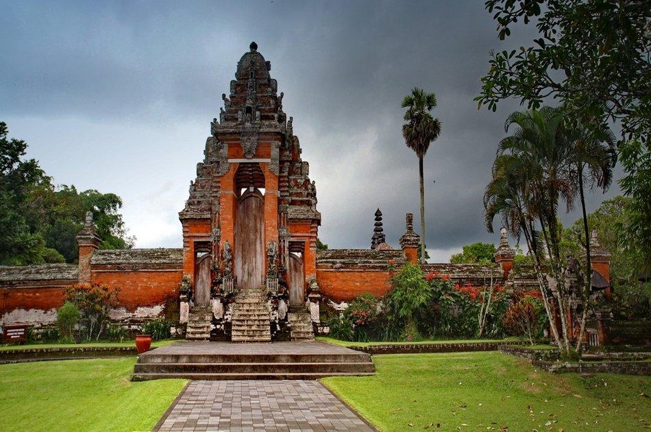 Taman Ayun, Tanah Lot Temple and Sunset