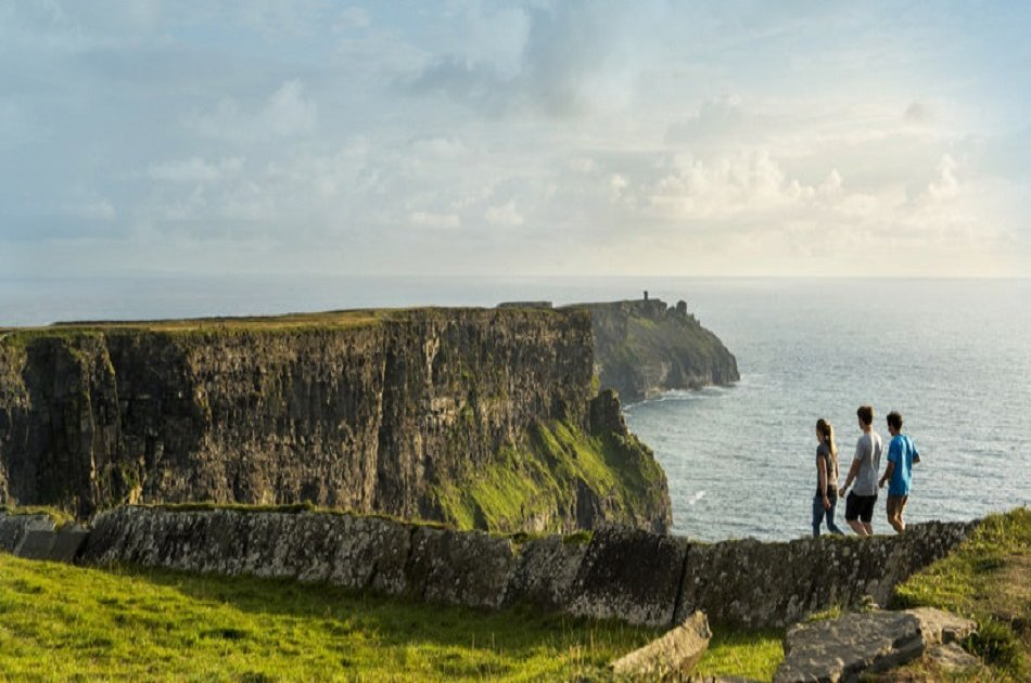 Cliffs of Moher Fully Guided Group Day Trip
