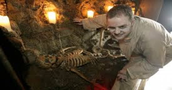 The Gravedigger Ghost Bus Tour - Dublin's Award Winning Tour
