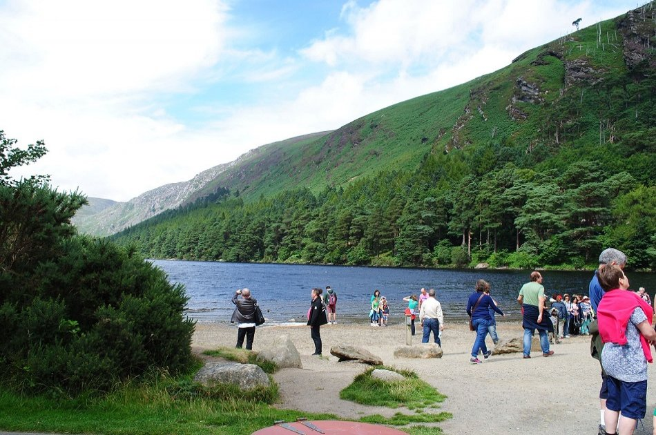 Wicklow Mountains & Glendalough Group Tour