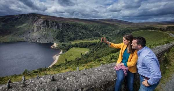 Wicklow Mountains & Glendalough Group Tour