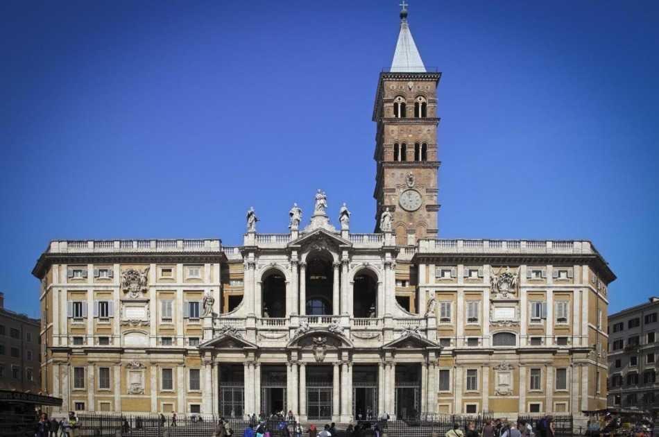 Basilicas and Secret Catacombs Tour
