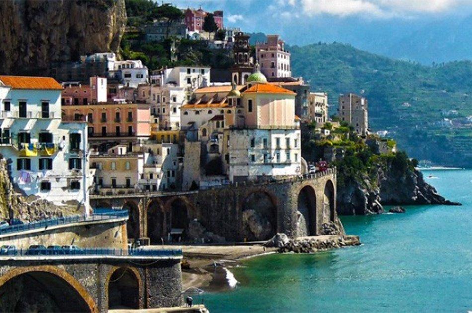 Enjoy an Amalfi Coast Sharing Tour with Friends