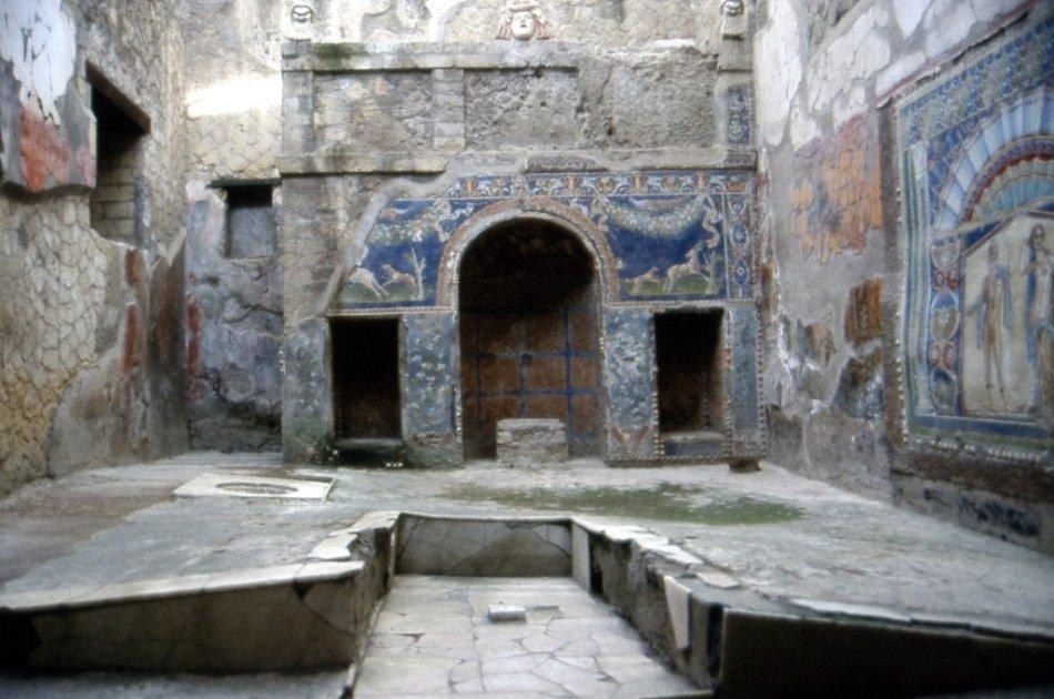 Ercolano Mt Vesuvio and Winery Tour from Naples