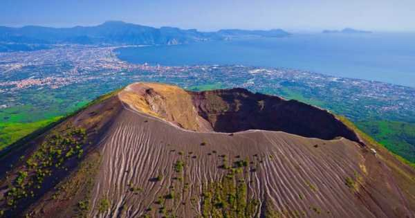 Ercolano Mt Vesuvio and Winery Tour from Naples