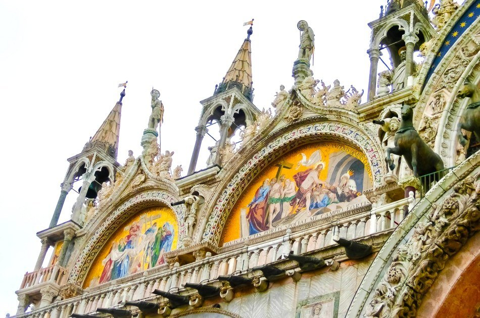 Explore Byzantine Venice & Enjoy a Gondola Ride