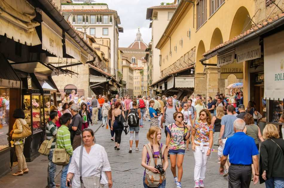 Florence and Hills Morning Guided City Tour with Duomo Complex & The Accademia