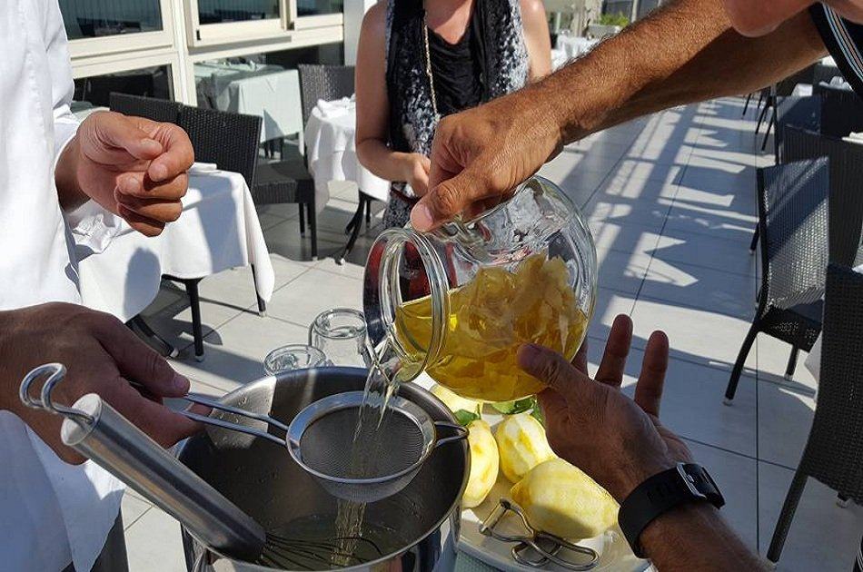 Limoncello Making and Lunch with Lemon Base Positano