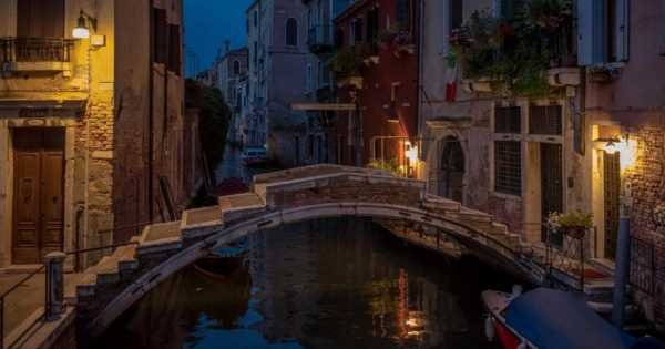 Mysterious Night Time Tour, Venice