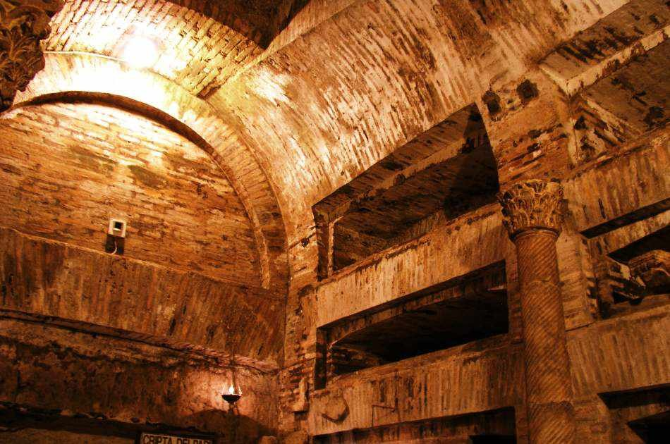One Day Combined Tour: Colosseum & Catacombs Tour With Pickup