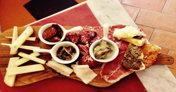 Open Voucher Siena Local Street Food English Tour