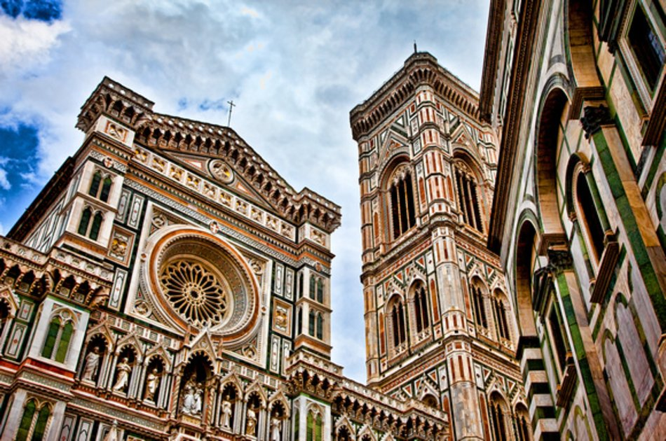 Private Driver in Tuscany - Full Day Tour including Pisa and Florence