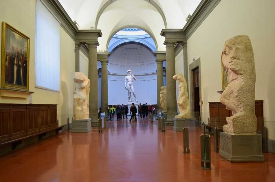 Private Guided Tour to the Accademia Gallery Includes Skip the Line