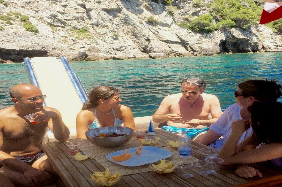 Private Luxury Yacht Tour Visiting Capri & Positano