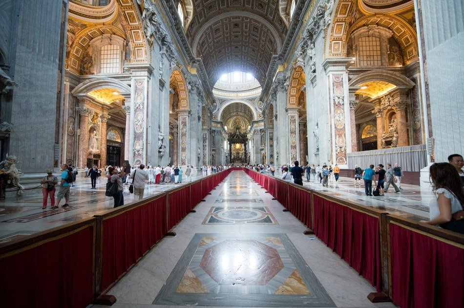 Private Vatican Tour Including Cabinet of the Masks Access