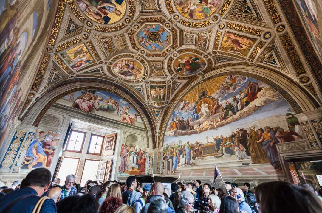 Gratissium To The Holy Vatican City On Custom Private Guided Tours
