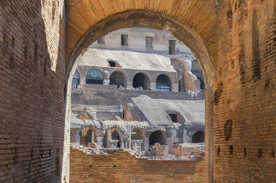 Semi Private Colosseum with Arena Entrance Tour