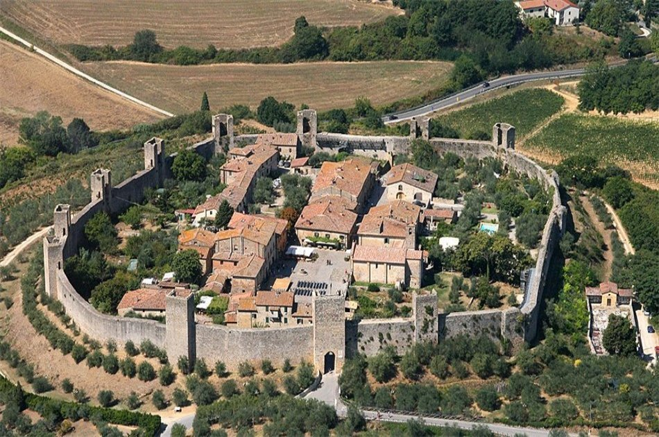 Siena, San Gimignano and Greve in Chianti With Wine Tasting in a Typical Winery