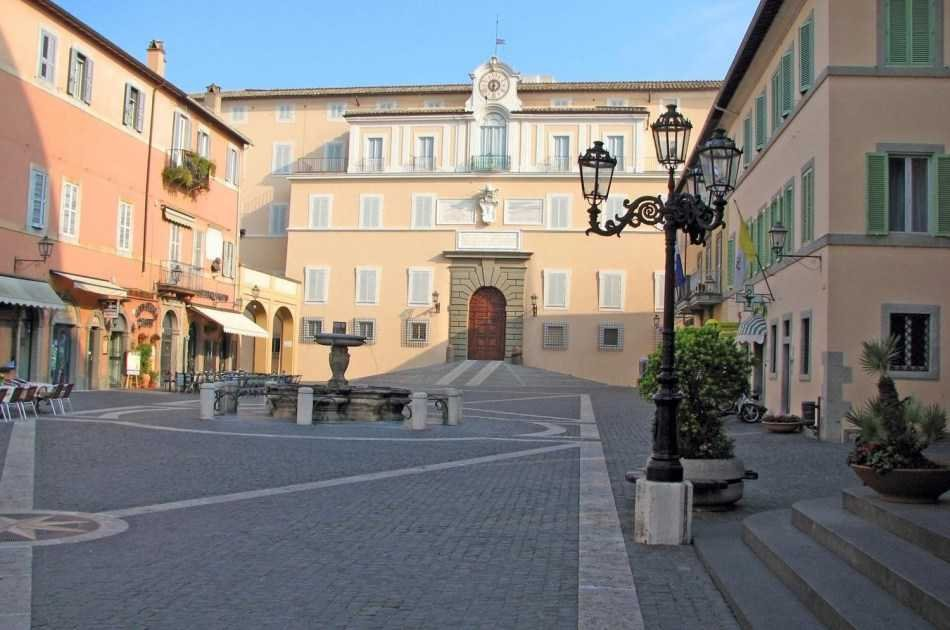 Summer Al Fresco! Countryside Villages With Typical Food and Wine Tasting