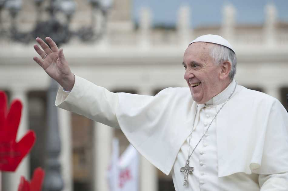 Sunday Papal Blessing and Baroque Rome Group Tour