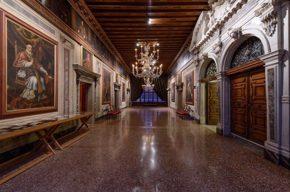 Textile Secrets of Venice 3 Hour Tour