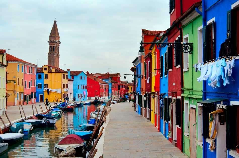 Tour of the Lagoon: Murano, Burano & Torcello Islands by Boat