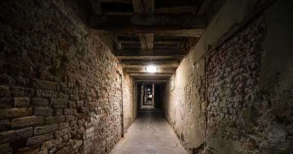 Underground Venice : Legends and Ghosts of Venice Tour