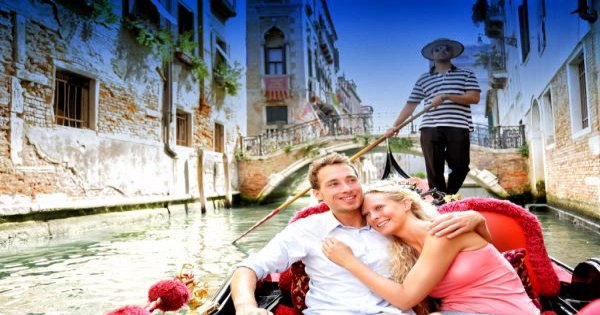 Unforgettable Private Gondola Tours of Venice