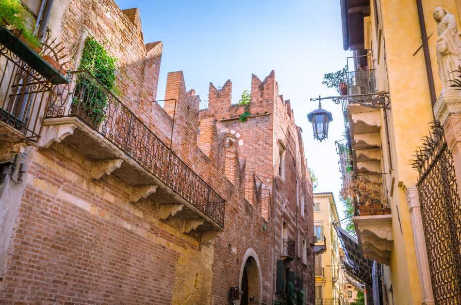 Verona in One Day Private Tour From Venice