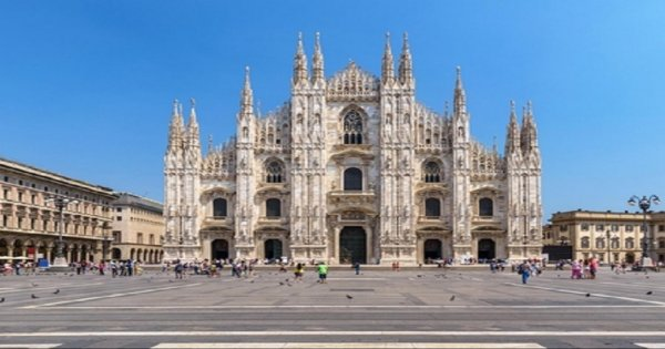 VIP Italy Grand Tour by Rail From Milan to Sorrento