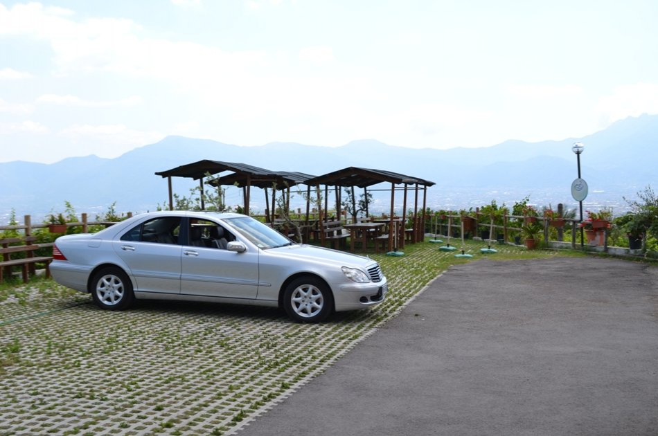 Your Private and Comfortable Arrival Transfer from Naples
