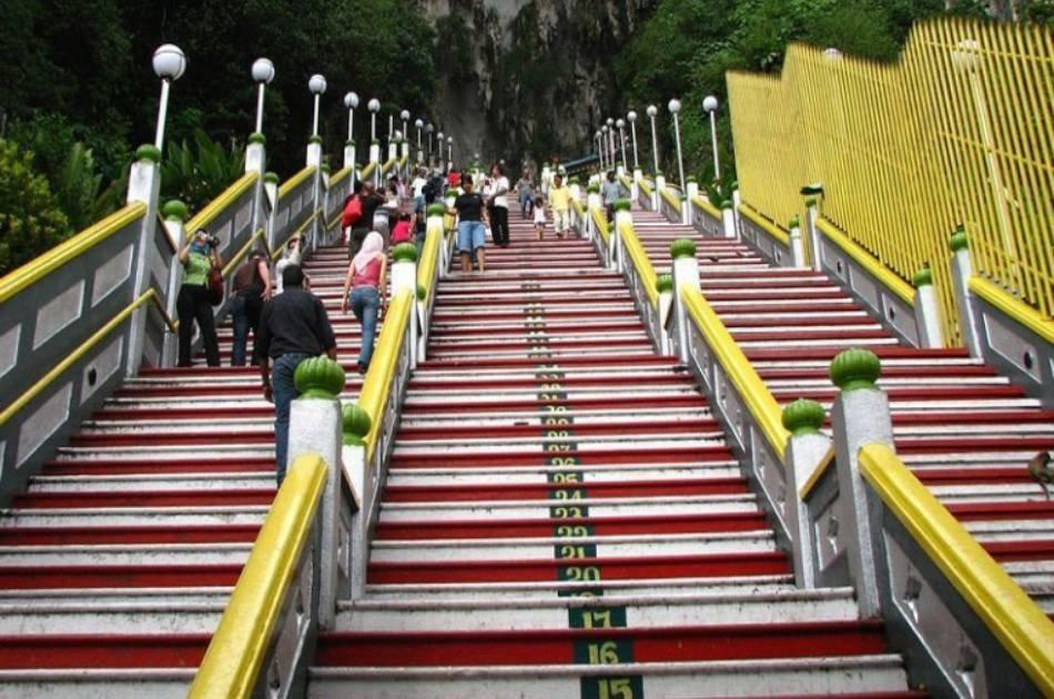 Kuala Lumpur Suburbs and Batu Caves