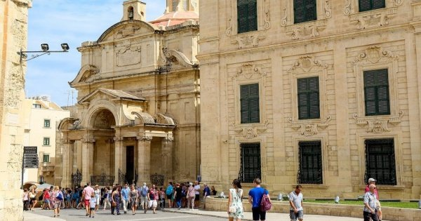 Complete Valletta Walking City Tour