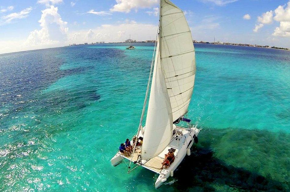 4 Hour Isla Mujeres Catamaran PDEX (up to 35 people)