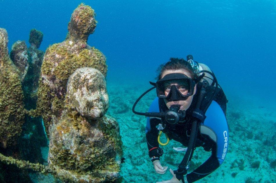 7 Hour Isla Mujeres Nalgone Catamaran Tour (up to 12 people)
