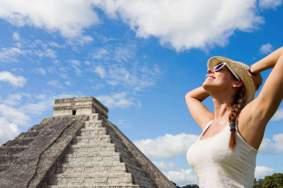 Cenote Ik IL & Private Tour to Chichen Itza with Lunch Included