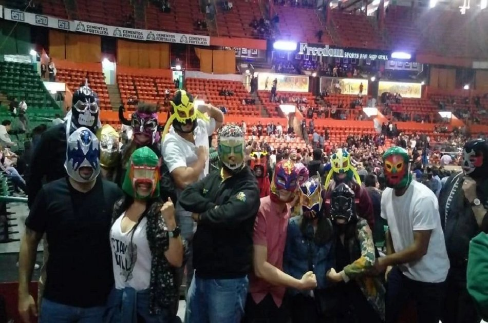 Lucha Libre Experience & Mezcal Tasting in Mexico City