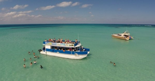 Spectacular Isla Mujeres Full Day Catamaran Tour Cancun