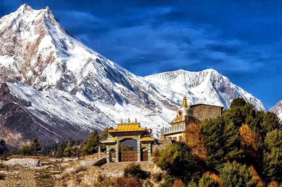 13-17 Day Private  Manaslu Circuit Trek With Larkey La Pass