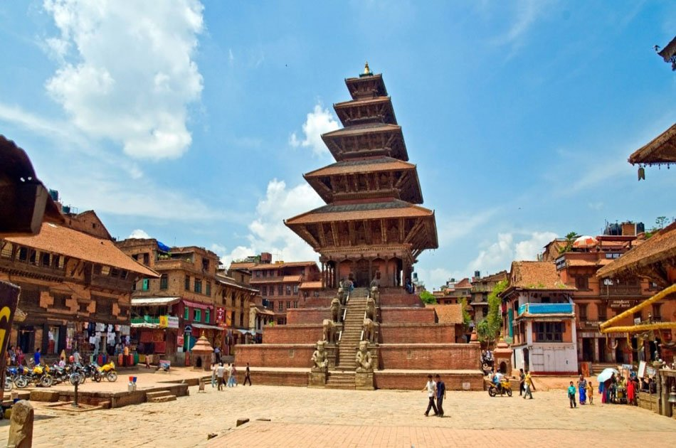 A Private Half Day Tour to Nagarkot Sunrise & Bhaktapur Durbar Square