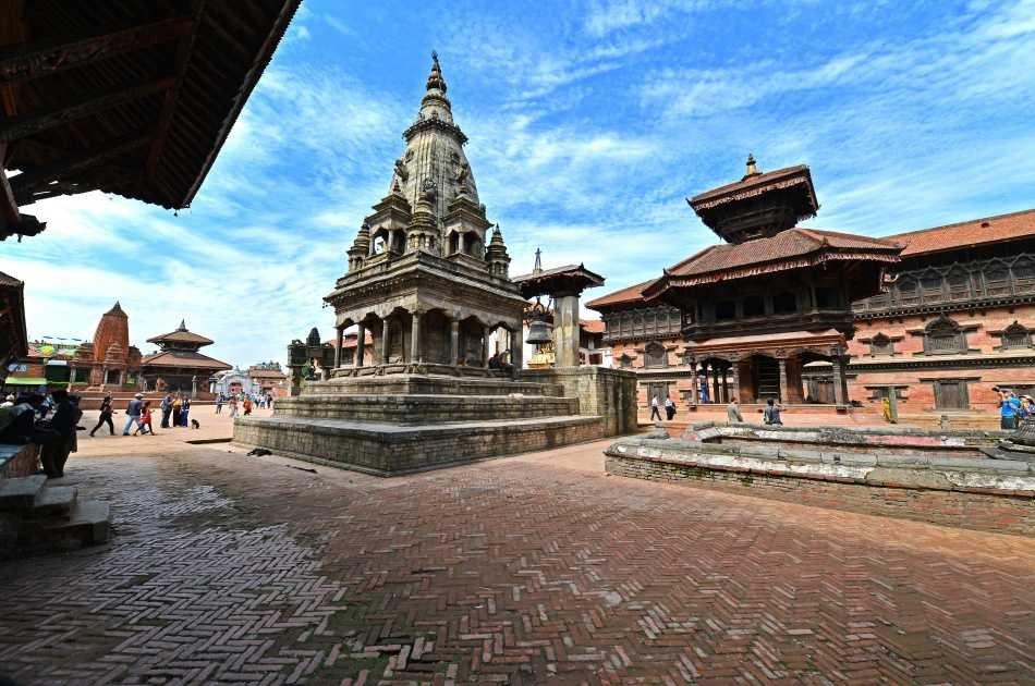Full Day Pashupatinath Boudhanatha and Bhaktapur City Tour