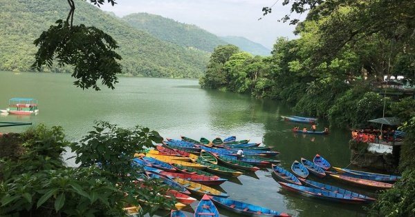 Pokhara City Day Tour by Bus in Sharing