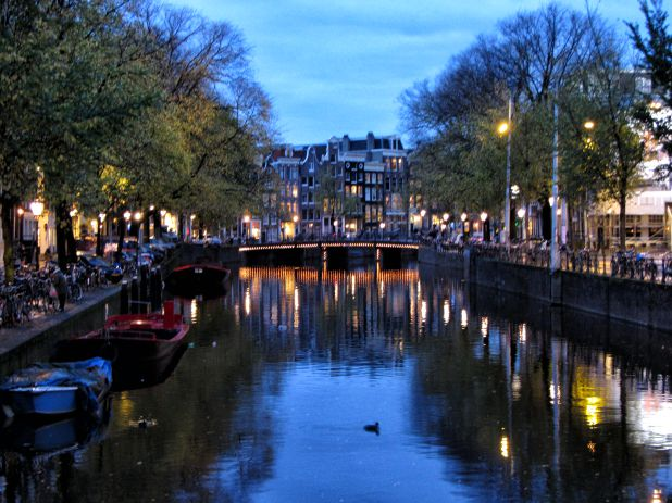 Dinner Cruise Through the Famous Canals of Amsterdam
