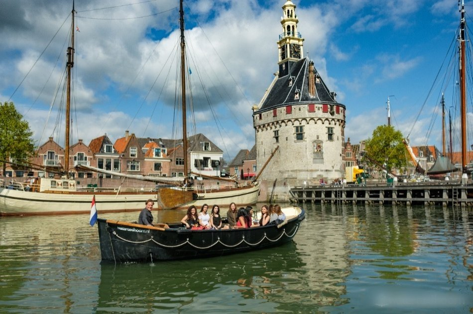Historical Sightseeing Tours by Watertaxi at Hoorn NL