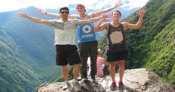 2-Day Inca Trail to Machu Picchu Trek from Cusco